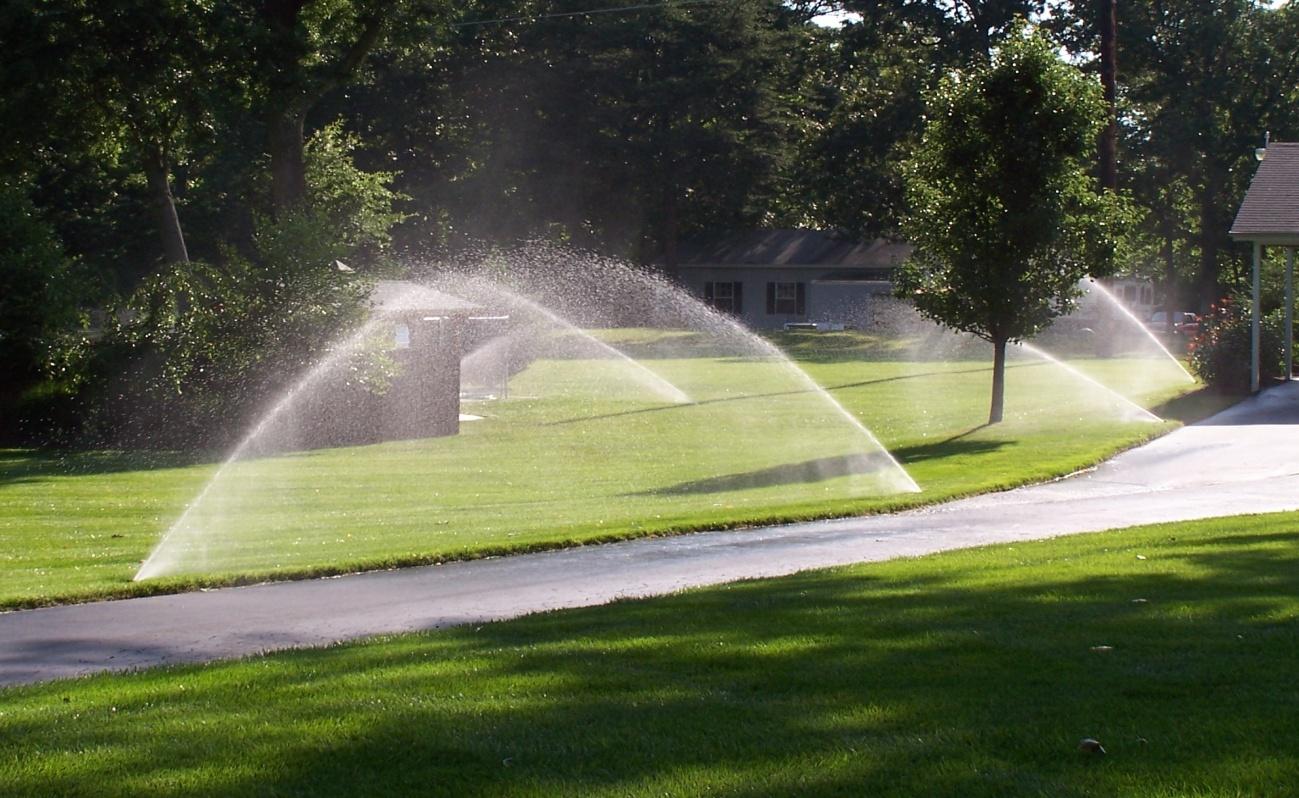 Riego de jardines montaje mantenimiento y manejo for Riego de jardines